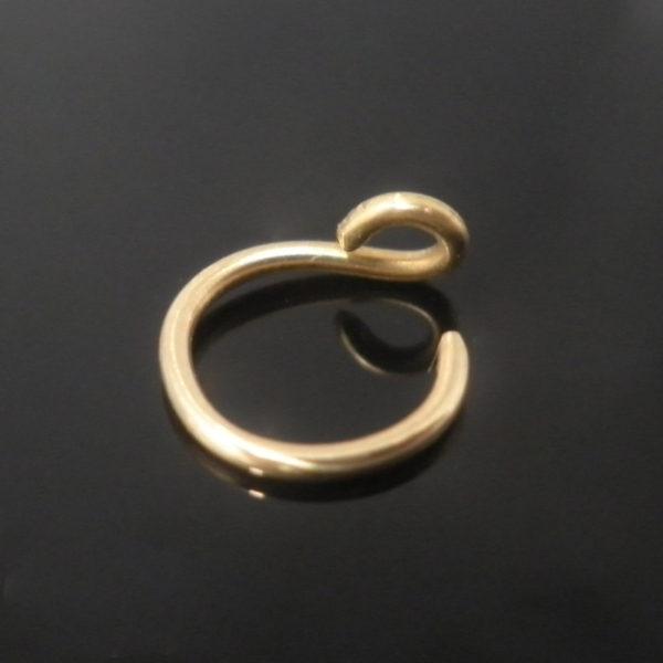brass-fake-nose-piercing