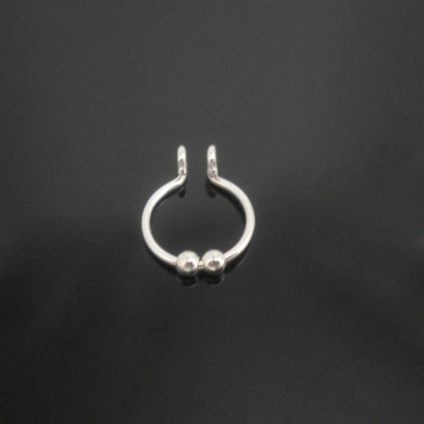 sterling-silver-fake-septum-with-2-balls